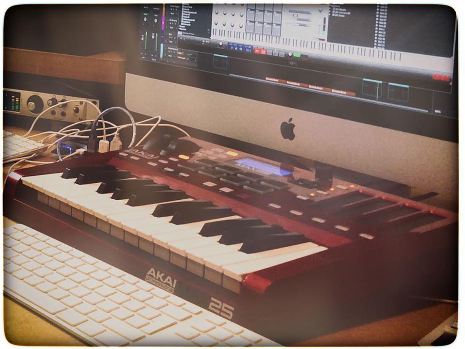 keyboard_akai